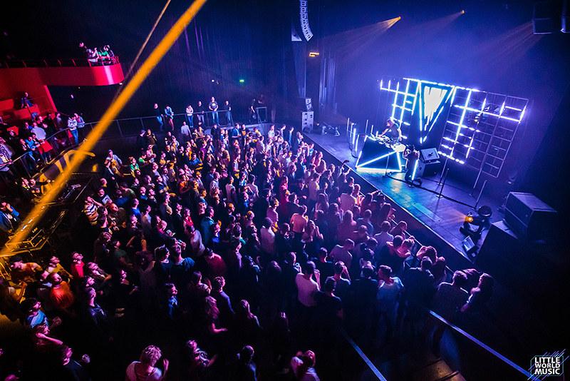 THE ABSOLUT COMPANY CREATION présente OX VITALIC (DJ SET) + APPLESCAL 15/05