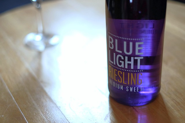 BLUE LIGHT RIESLING
