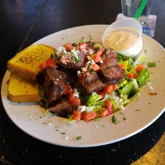 Steak salad yesss.