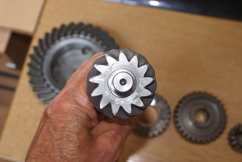 High Ratio gears and final drive. Changing gears and bevel box pinion removal. 27670845322_f53306395d_c