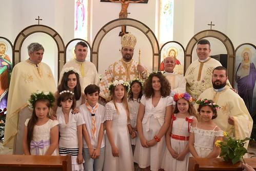 Hramul şi Sfântă Împărtăşanie solemnă în parohia din Râmnicu Vâlcea