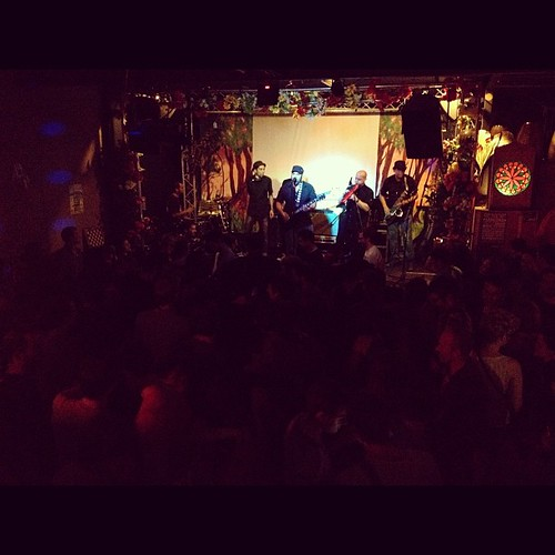 @BigMandrake live @PassingClouds @ArribalaCumbia! 13.07.12 | by Latinos in London