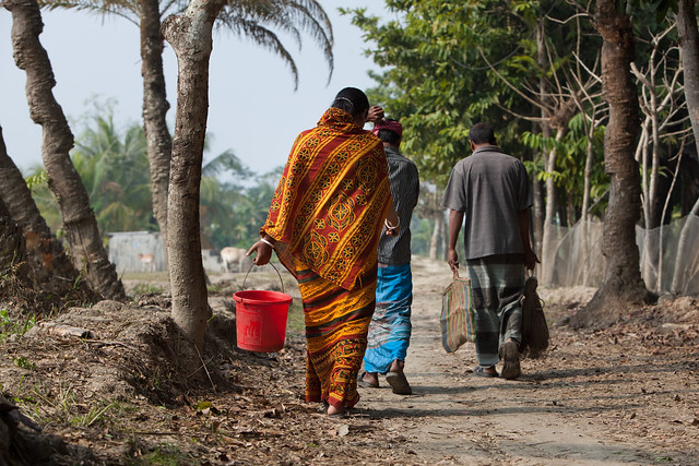 Shrimp farmers in Khulna. Photo by Mike Lusmore, 2012.