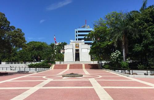 Altar de la Patria | Parque Independencia | Santo Domingo