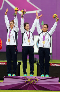 Korea_London_Olympic_Archery_Womenteam_20 | by KOREA.NET - Official page of the Republic of Korea