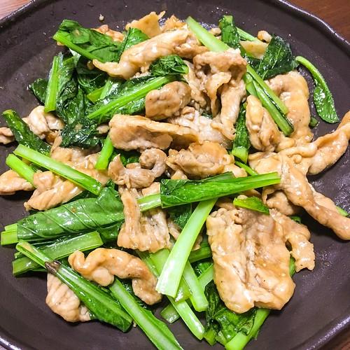 豚肉と小松菜のニンニク炒め