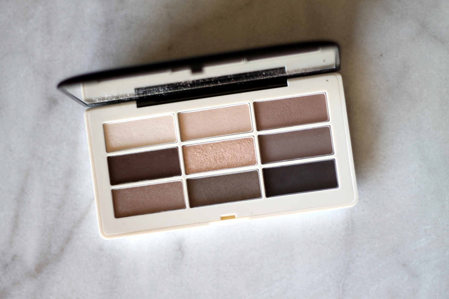 H&M Eyeshadow Palette | Re-Mix-Her