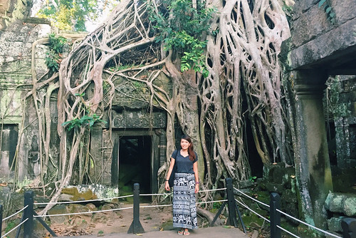 Melissa of Girl Eat World - Angkor Wat
