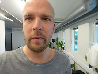 Sony Xperia X selfie