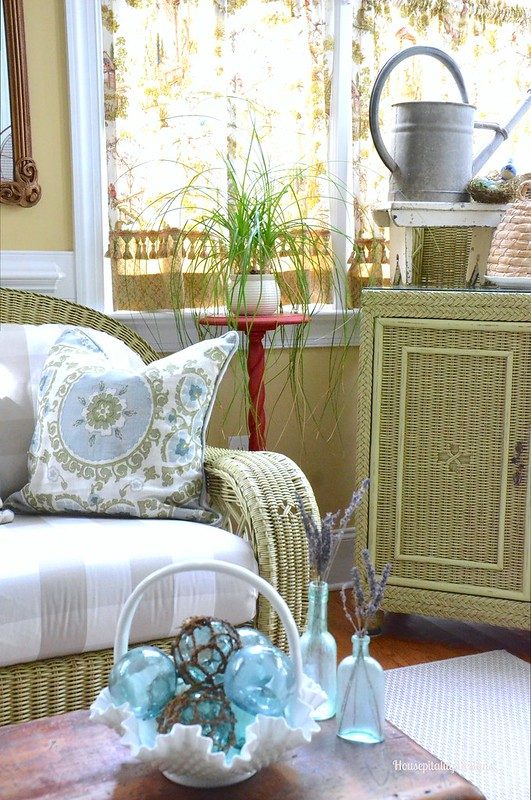Summer Sunroom 2016 - Housepitality Designs