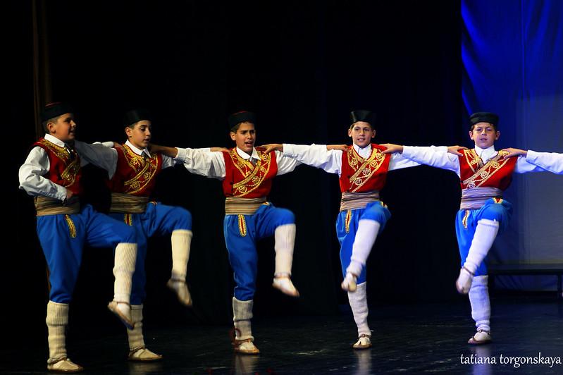 """Черногорский танец от KUD """"Igalo"""""""