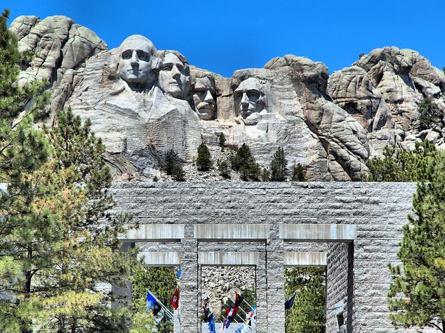 Mount Rushmore HDR 20160617