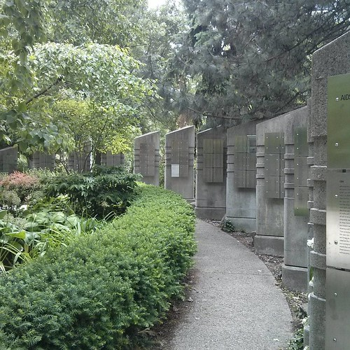 AIDS Memorial, Barbara Hall Park #toronto #aidsmemorial #barbarahallpark #churchandwellesley #hiv #aids