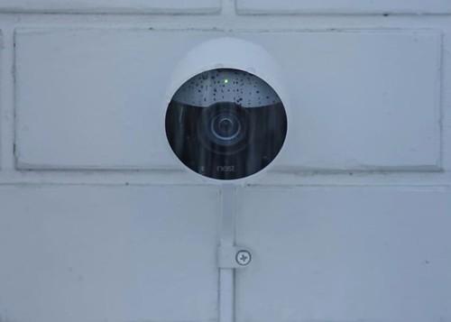 Умная камера уличного видеонаблюдения с Wi-Fi от Nest