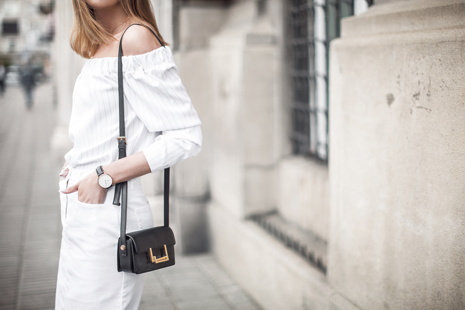total-white-look-street-style