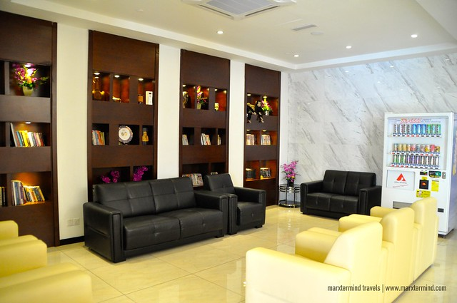 City Comfort Hotel Lounge Area