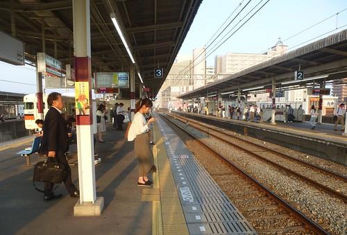 jp16-Akashi-Kobe-train (1)