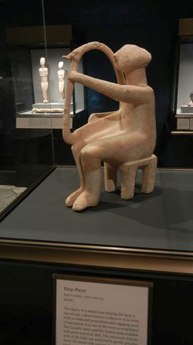 DSCN7550 _ Harp Player, Early Cycladic, 2700-2300 B.C., Getty Villa, July 2013