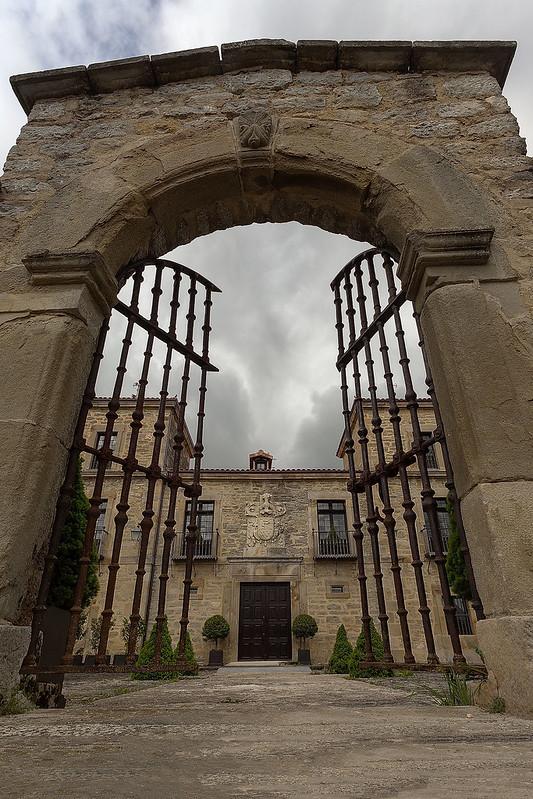 Palacio Otalora-Guevara