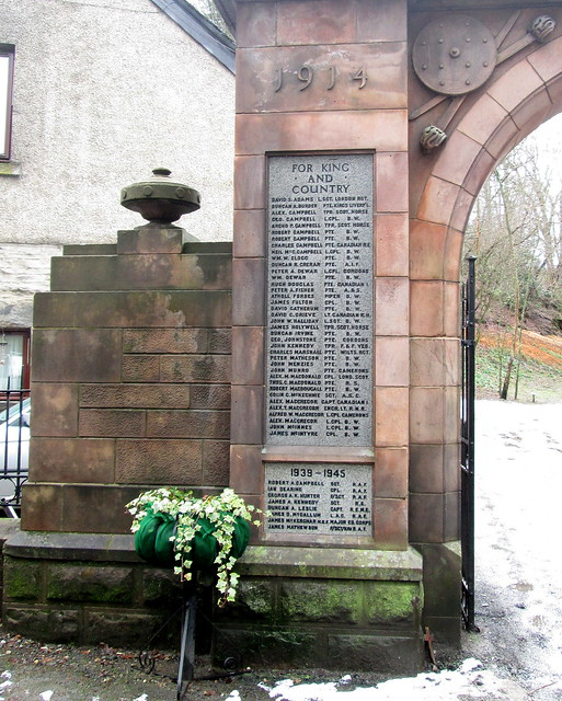 Aberfeldy, War Memorial, English