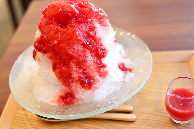 ラヴィアンレーヴのかき氷「苺」