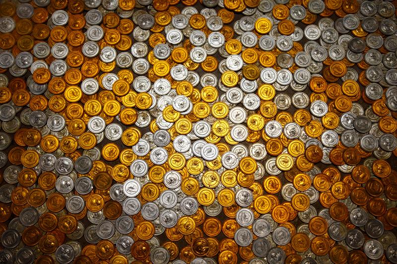 马六甲1001地板上的金币