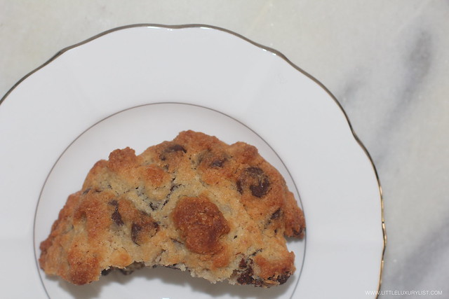 Levain bakery's chocolate chip walnut cookies top by little luxury list