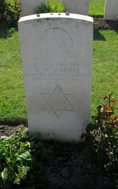 Tyne Cot Cemetery, Jewish grave