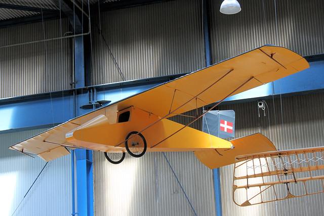 Larsen Glider