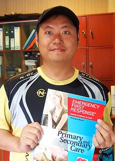 "<img src=""padi-diving-courses-carol-aaron-bryan-and-alfonz-tioman-island-malaysia.jpg"" alt=""PADI diving courses, Carol, Aaron, Bryan and Alfonz, Tioman Island, Malaysia"" />"