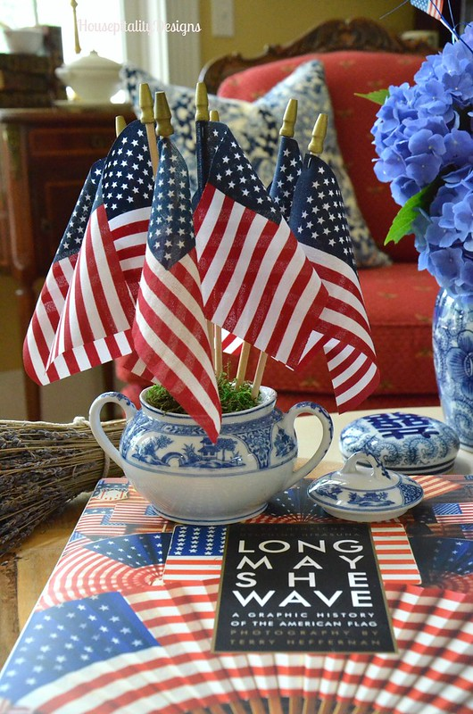 Patriotic Vignette - Housepitality Designs