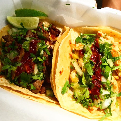 Couldn't resist trying street tacos while we were in #nyceats yesterday #sidewalktacotruck