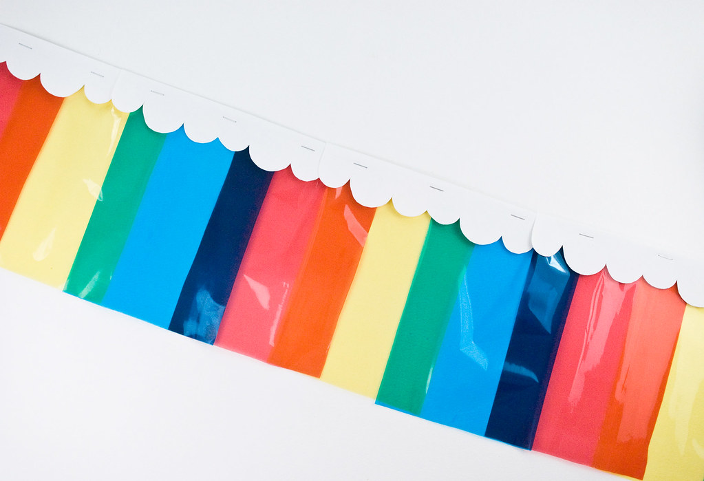 Rainbow Color Mixing Garland
