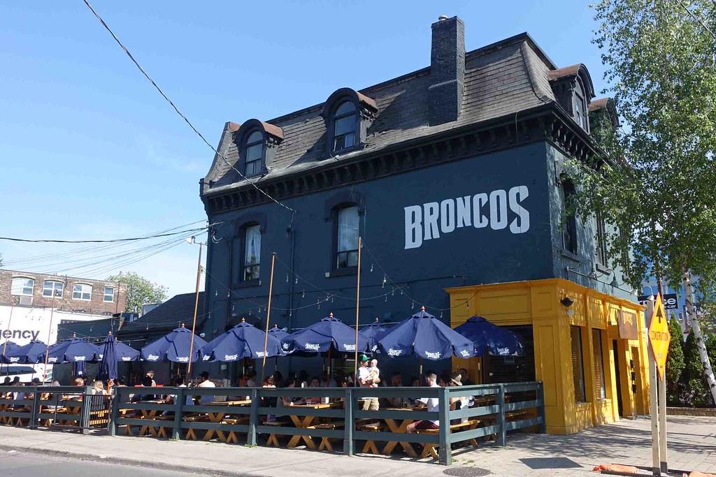 #BBQWeekTO - Broncos, Dog & Bear and Smoque N' Bones {4th June 2016}
