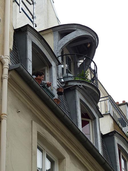 petit balcon dans le Marais