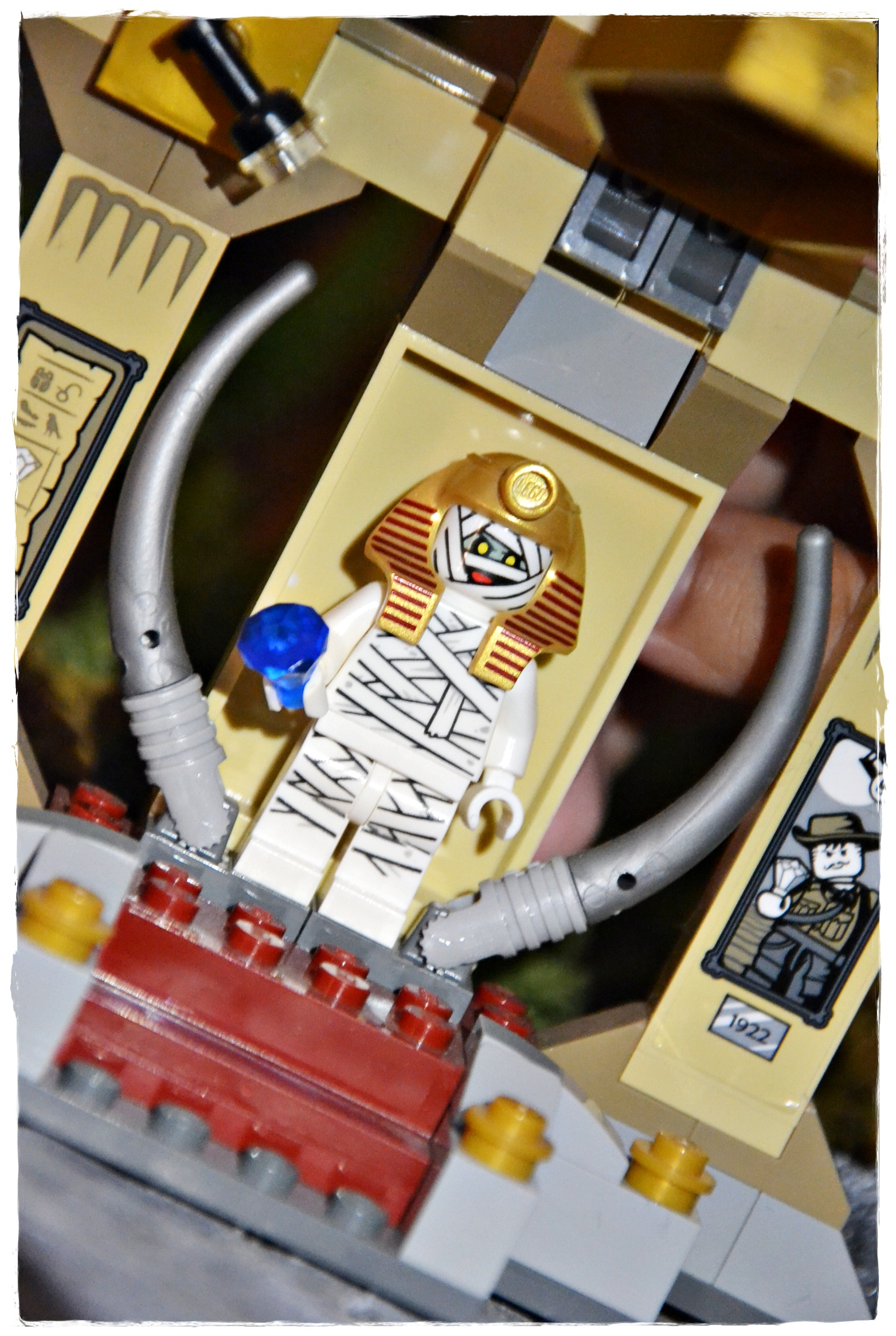 LEGO Scooby Doo - Mystery Machine & Mummy Mystery Museum sets