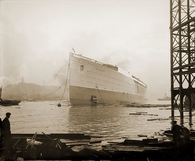 RMS Mauretania afloat after launch
