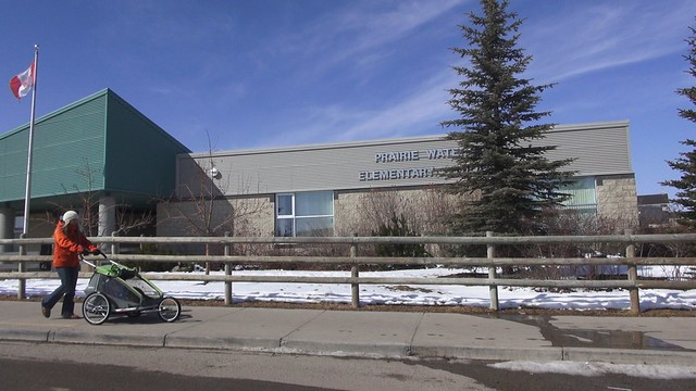 Grade 5 students at Prairie Waters School in Chestermere, Alberta have participated in 19 activities in the Classroom Energy Diet program - to learn about energy and its impacts. See blog, video & podcast: http://www.greenenergyfutures.ca/episode/77-class