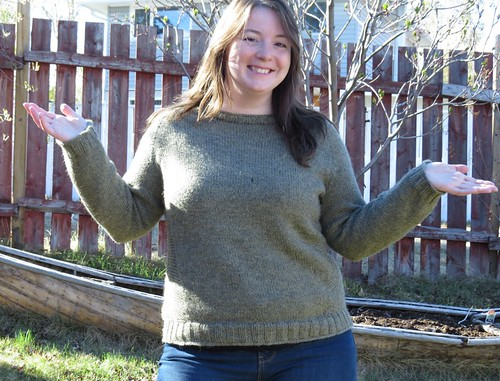 fo: Daelyn Pullover