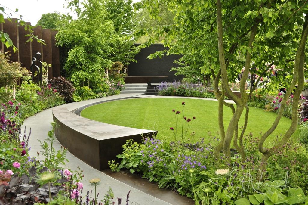 The Chelsea Barracks Garden - nowoczesny ogród miejski