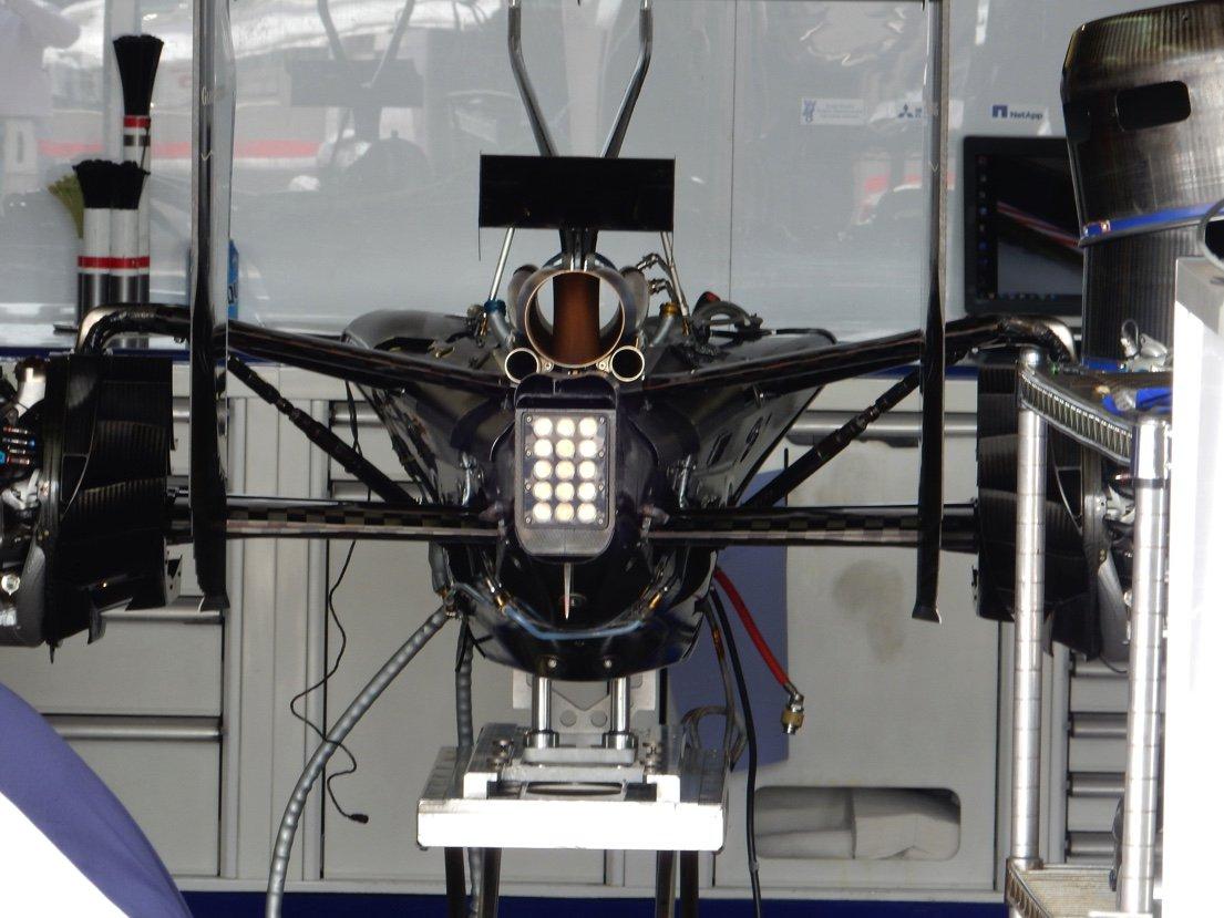 c35-exhaust