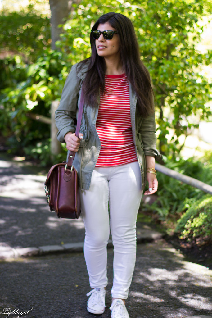 Striped tee, white jeans, field jacket, converse-2.jpg