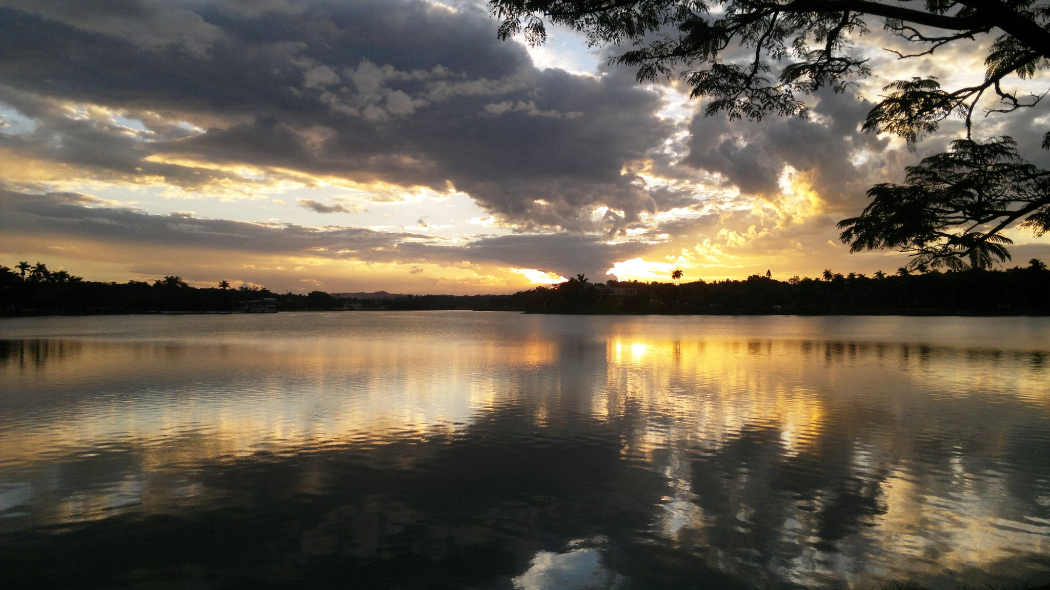 Pôr do Sol na Lagoa da Pampulha.