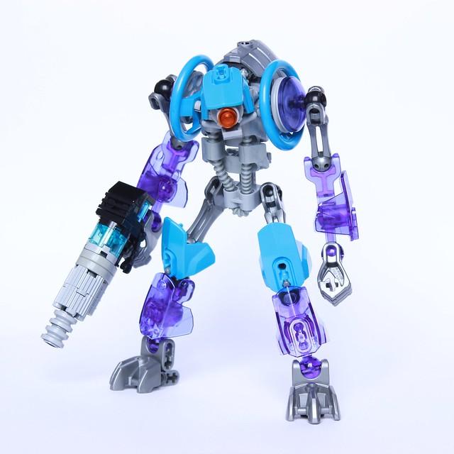 [MOC] Kergsen, le pire robot tueur de l'univers 27703933250_5c19ec8df8_z
