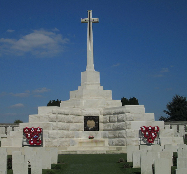 Cross of Sacrifice and Blockhouse close