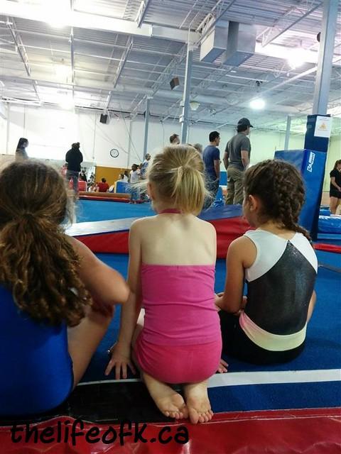 Gymnastics_Sitting