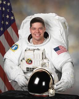 Astronaut Robert L. Behnken, NASA photo 9371018002_f9e5a9f48e_n.jpg