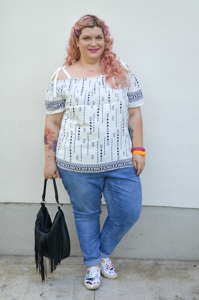 Outfit No comfort zone, bianco e jeans (2)