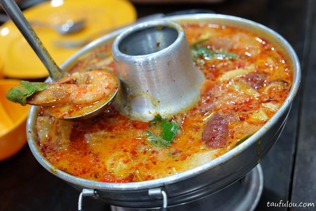 Eat Thai Food (4)