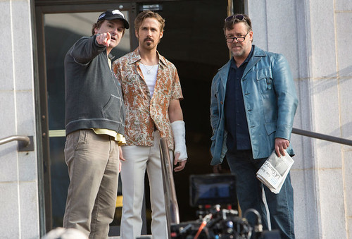 The Nice Guys - backstage 1 - Shane Black, Ryan Gosling, Russell Crowe